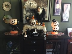 Debbie in OK Photo - Halloween with Johanna Parker (Johanna Parker Design) Tags: johannaparker halloween folkart collectible decorations sitters witch skeleton bat owl jackolantern jol spider pumpkin giveaway raffle