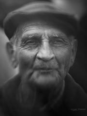Festa di li schietti (Angelo Trapani) Tags: terrasini palermo festa schietti ritratto portrait uomo anziano volto rughe espressione occhi luce festadilischietti