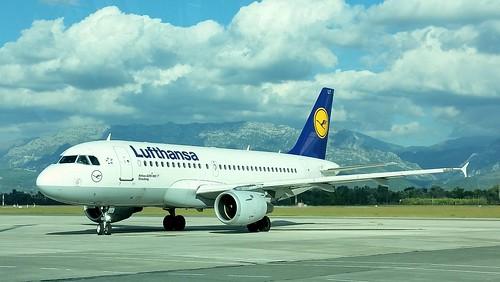 Airbus A319-114 c/n 738 Lufthansa registration D-AILT