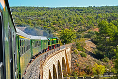 Tren de los lagos. (Tomeso) Tags: armf fgc tren dels llacs de los lagos renfe patrimonio industrial lleida balaguer pobla yeye pd verde