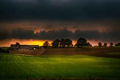 Sonsbeck am Berg (radonracer) Tags: herbst niederrhein clouds wolken sonsbeck