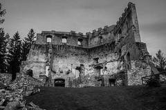 Schwbing ruin (and.schweighofer) Tags: ruin old bw sw alt verfallen ruine stone steine architecture blackandwhite lost fuji fujifilm