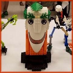 BrickCon 2016: A Face in the Crowd (Topsy Creatori) Tags: lego brickcon2016 faces clowns
