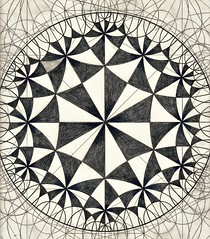 20161120 (regolo54) Tags: hyperbolic symmetry geometry pattern handmade tessellation tiling circle disk structure escher