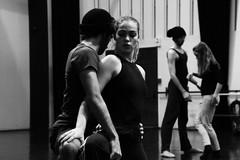 Choregraphie charnelle (Herebuse) Tags: danse mouvements ballet repetition entrainement nb bw contraste dance danseurs dancers