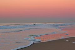 14 (yvonnesteenbergen) Tags: sunset zandvoort yvonnesteenbergen nederland strand roze