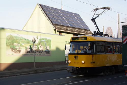 Mit der Straßenbahn durch Dresden.
