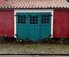 Garage door.... (Jaedde & Sis) Tags: door blue garage pilebækken old matchpointwinner t520