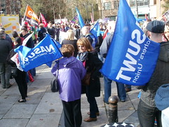 P1010028 (nasuwt_union) Tags: nasuwt education conference woman man black white speaking stand hall meal drinks happy members workshop pesident birmingham banner meeting stage positive portrait guidance crowd teachers leaders lectures students awards executive staff show tell help advice support listen adults people england scotland northern ireland wales strong women men insturction health safetly wellbeing classroom school college university table voting union best brilliant workplace seminar