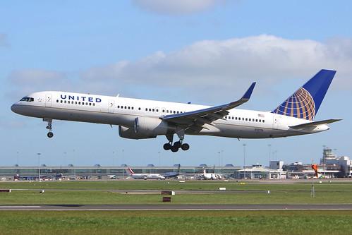 N12116 United Airlines Boeing 757-224(WL)