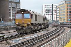 66017 with the Aylesbury - Marylebone RHTT passes Harrow-on-the-Hill 08.11.2014 (pokeyphoto) Tags: class66 ews harrowonthehill 66017 rhtt railheadtreatmenttrain dbschenker