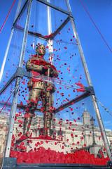 Every Man Remembered (Lee Nichols) Tags: london statue photoshop memorial trafalgarsquare poppies warmemorial hdr highdynamicrange remembrancesunday photomatix redpoppies royalbritishlegion tonemapped tonemapping handheldhdr canoneos600d
