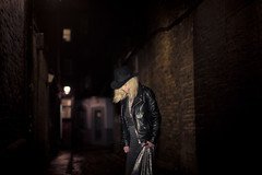 Laurie CHI shoot (Rupe) Tags: london fashion night canon 50mm alley shoot laurie 12l 1dx planetbunhead