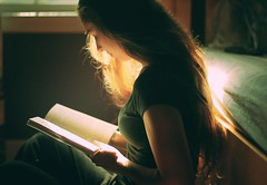 The Girl who loved to read (NoelleBuske) Tags: light hair reading book nikon read noelle buske nikond40 noellebuske noellebuskephotography