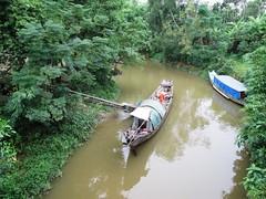Boats n stuff (Barang Shkoot) Tags: people creek river boat fishing asia vietnam indochine