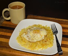 It's What's for Breakfast (It Sure Feels Like Fall, Love It!!!) Tags: food egg delicious organic hashbrowns herbal chaitea overeasy yukongold itswhatsforbreakfast freerangeegg