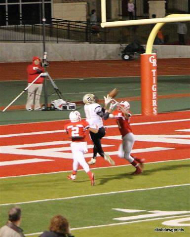 "TD Catch vs Glen Rose. 11.7.2014. Sophomore year. • <a style=""font-size:0.8em;"" href=""http://www.flickr.com/photos/38444578@N04/15557115269/"" target=""_blank"">View on Flickr</a>"