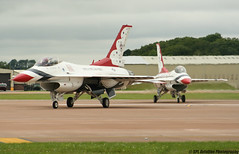 Royal International Air Tattoo 2007 - General Dynamics F-16C - United States Air Force - Thunderbirds (lynothehammer1978) Tags: thunderbirds usaf ffd fairford royalinternationalairtattoo unitedstatesairforce raffairford egva royalinternationalairtattoo2007 royalairforcefairford