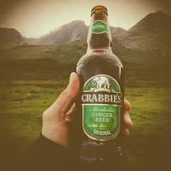 (beplus) Tags: scotland cosse ginger beer bire gingembre alcoholic alcool crabbies wild camping paradise heaven moutains montagne valley valle retrica
