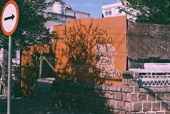 Sign (alvarogeorg) Tags: film analogue 35mm konica konicaautoreflex autoreflex autoreflext3 autoreflext3n hexanon konicafilm konicaminoltafilm konicavx konicavx100 expiredfilm street sign verse poem