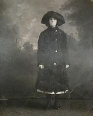 Great grandmother Sylvia age 14, Rhode Island. #edwardian (diana gee) Tags: frenchamerican edwardianera edwardian 1910s oldfamilyphotos vintage