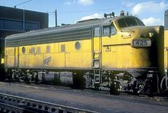 C&NW F7 425 (Chuck Zeiler) Tags: cnw f7 425 railroad emd locomotive proviso chz chuck zeiler
