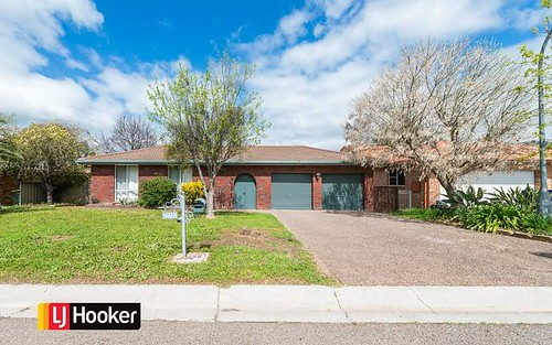 11 Woodbry Crescent, Tamworth NSW 2340