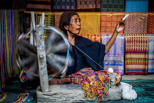 work for living, sade village, lombok