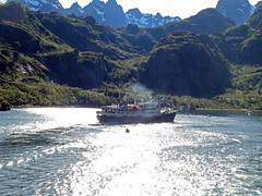 The MS Lofoten in the Trollfjord, Norway (5) (Phil Masters) Tags: 21stjuly july2016 norwayholiday norway raftsund raftsundet thetrollfjord trollfjorden trollfjord shipsandboats mslofoten hurtigruten