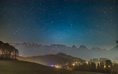 Bearbeitet-6130 (Peter Hauri) Tags: starrynight moonless nightsky town midnight highiso wideopen prime nastroscape nightscape