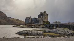 Eilean Donan Castle (guillaumejulien35) Tags: eilean scotland castle donan ruines stones architecture paysage ecosse highlands