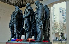 Bomber Command Memorial (standhisround) Tags: uk sculpture london bronze greenpark figures hydeparkcorner bombercommandmemorial