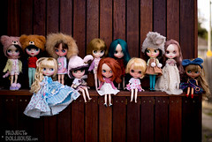 The Motley Crew (Project Doll House) Tags: alexis blue sunset beach studio cherry tan jardin babe curly friendly pearl kenner blythe freckles bianca maman freddy emerald dauphine nori saffy nospop fortydollywinks
