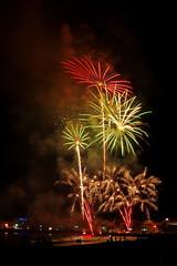 2016-09-11 00-33-45 K3 IMGP1110ak (ossy59) Tags: feuerwerk fuegosartificiales fuegos fireworks fiestaspatronales peniscola pentax k3 tamron tamron2875 tamron2875mmf28 tamronspaf2875mmf28xrdi tamronspaf2875mmf28xrdildasphericalifmacro