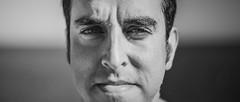 Hombre Orgulloso (amofer83) Tags: 2016 islaplana blancoynegro byn blackandwhite retrato man hombre rostro cinematico 2 35 ojos eyes