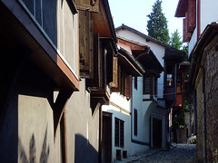Old Plovdiv, Bulgaria - National Revival period architecture (johnnysenough) Tags: 62 oldplovdiv nationalrevivalperiodarchitecture plovdiv bulgaria bălgarija bulgarie bulgarien centraleurope пловдив 18th19thcentury balkanarchitecture historical travel vacation 100citiesx1trip snv37748