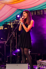 Harriet Harkcom (Indie Images) Tags: birmingham danwhitehouse indieimagesphotography photosbyindieimages birminghamreview concert gigphotography livemusic livemusicphotography moseleyfolk onstage performer stagelights