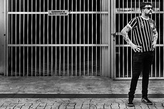 www.claudiovieirarocha.com #ClaudioVieiraRocha #HiFiPhotographia #pb #bw #pretoebranco #blackandwhite #blackandwhitephotography #streetphotography #streetphoto_bw #streetphotography_bw #39 #FujifilmX100 (Claudio Vieira Rocha) Tags: claudiovieirarocha hifiphotographia pb bw pretoebranco blackandwhite blackandwhitephotography streetphotography streetphotobw streetphotographybw 39 fujifilmx100