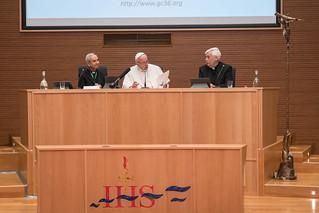 161024_Pope Visits_Aula_DD_021