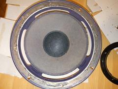 2016-11-06--215042 restauro casse (MicdeF) Tags: altoparlante cassa casse casseacustiche indianaline loudspeaker midrange restauro riconatura sospensione sospensioni woofer geo:lat=4193466523 geo:lon=1254016936 geotagged