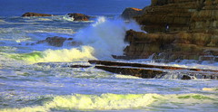Keen ROCK FISHERMEN (Lani Elliott) Tags: rocks rockfishermen fish fishing waves water ocean sea roughwaves surf