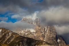 Gran Sasso tra le nuvole - Corno Grande (2912 m s.l.m.) (do santos) Tags: campoimperatore gransasso