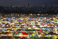 Talaad Rot Fai (fredMin) Tags: railway market night cityscape bangkok thailand long exposure travel fuji fujifilm xt1 1655 lights