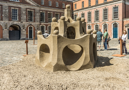 SAND SCULPTURES AT DUBLIN CASTLE [EMOTIONAL STATES] REF-107063
