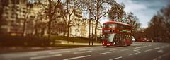 Panoramic London (Marcelo TBR) Tags: london londres inglaterra england europe europa united kingdom colour color panorama sonyalpha7 tilt nikkor 45mm f28 bus panoramic