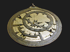 +Astrolabe en cuivre (muse islamique du Caire) (gorbutovich) Tags: dalbera museislamiqueducaire astrolabe lecaire egypte