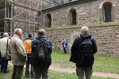 Interessiertes Publikum (julia_HalleFotoFan) Tags: klosterpetersberg stiftskirche exkursion landesheimatbund petersberg hallesaale
