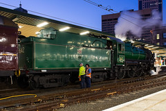3642 Sydney Central -2419 (Matty 8o) Tags: railway railways rail train trains enthusiast travel travelling trainspotting new south wales newsouthwales nsw australia australian photograph photo photography transport transportation canon700d canon 700d outdoor vehicle spotter spotting trainspotter trainphoto trainphotography railwayphotography weather sydney suburb mainline 1855mm 1855 trainlink high speed express syd central lachlan valley 5917 d59 locomotive loco nswrtm rtm 3642 c36 steam steamer kettle operational preserved xplorer dmu unit diesel multiple flickr
