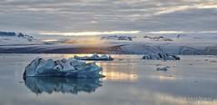 Jkulsrln (Rolandito.) Tags: jkulsrln glacier lagoon gletscher lagune gletscherlagune eisberg iceberg icebergs sunset europe iceland island