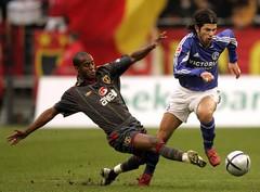 Flavio Conceicao (l3o_) Tags: galatasaray sar krmz red yellow football futbol flavio conceicao schalke